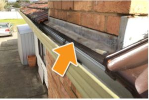 Defects Guttering Image 1 300x202 - Defect Examples